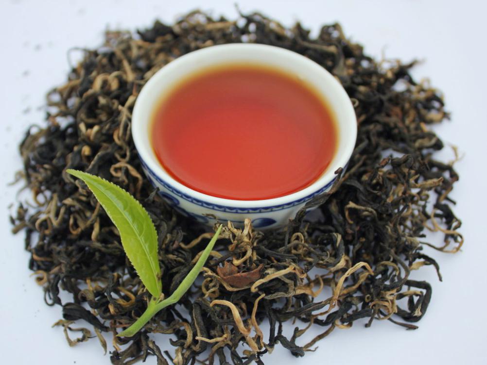 Hồng trà shan tuyết cổ thụ